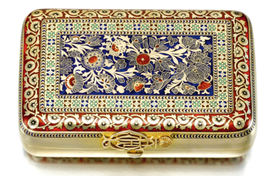 A silver-gilt and champlevé enamel cigar case, Shanks & Bolin, workmaster Maria Linke, Moscow, 1886